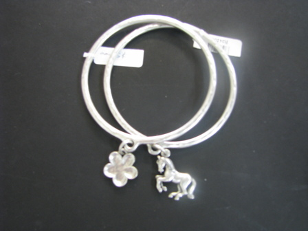 Silver Bracelet with Daisy Charm