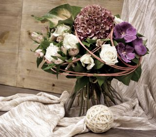 Seasonal hand tied bouquet - large